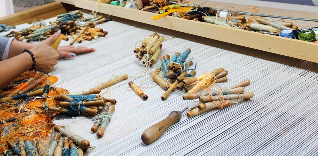 Le tissage de basse lisse cit internationale de la for Comment enlever de la tapisserie