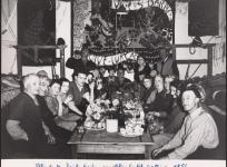 La fête de la Sainte-Barbe aux ateliers Goubely-Gatien, 1954. Don de Mme Lurçat.