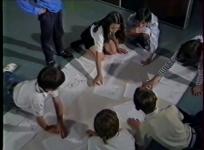 Projet de classe culturelle : une semaine à Aubusson. Film de M. Vallenet et Y. Seguin, réalisation J.-L. Charlot, 1991.
