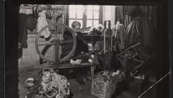 Bobinage aux anciens ateliers Pinton (déménagés en 1971), années 1960. Don de Mme Baudouin.